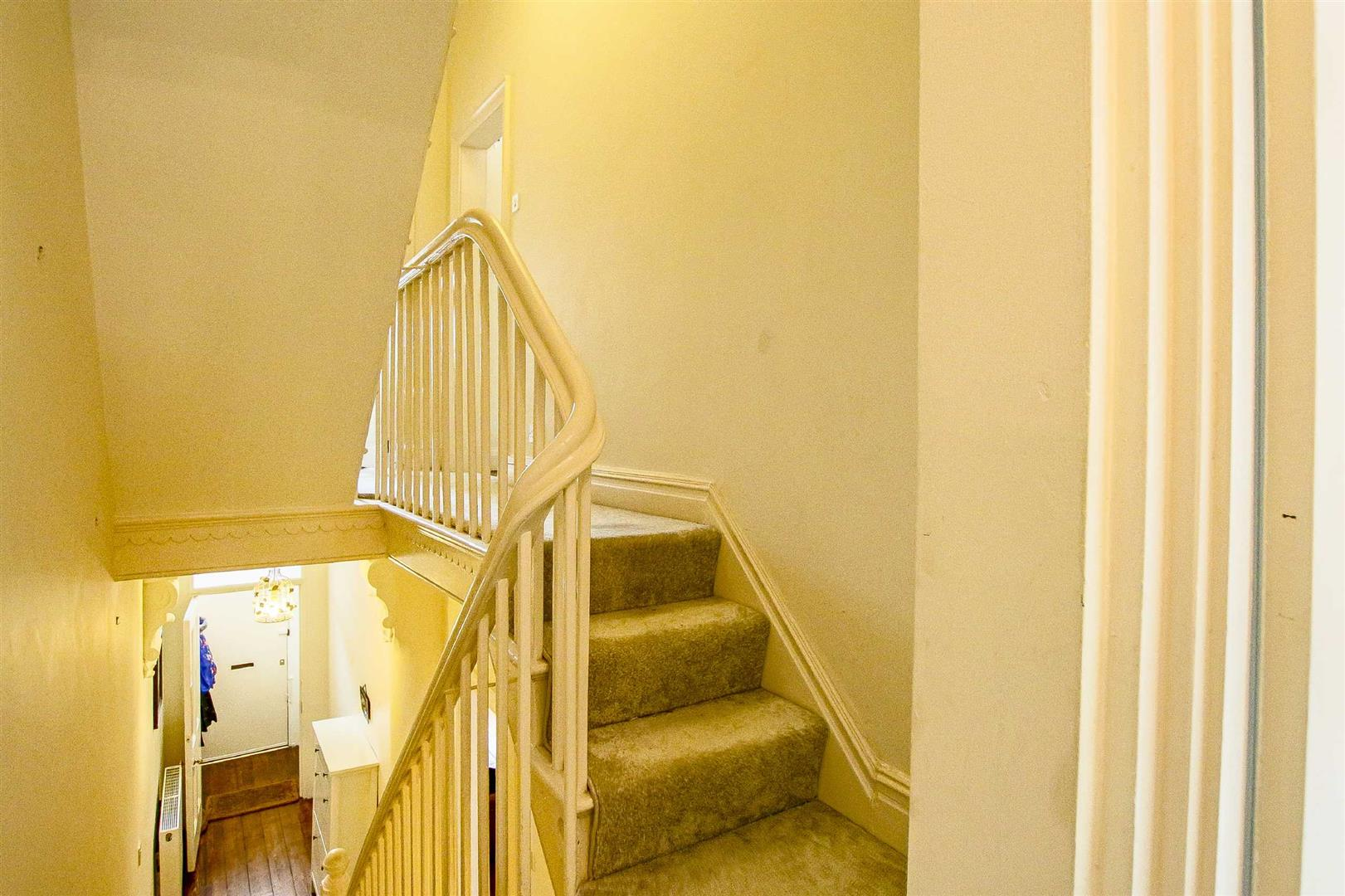5 Bedroom Terraced House For Sale - Image 31